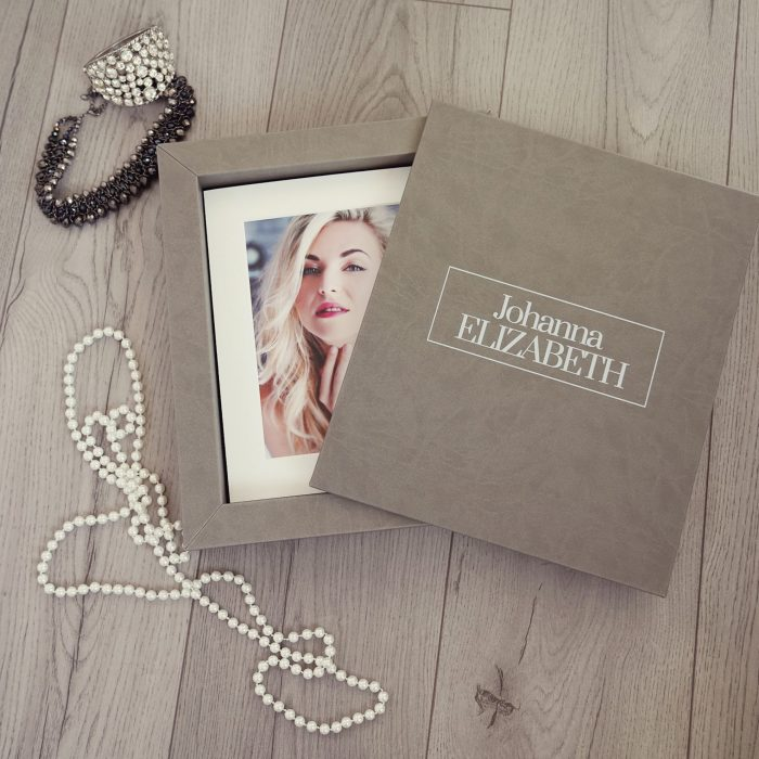 Our Folio Boxes are a beautiful way to display your photoshoot images