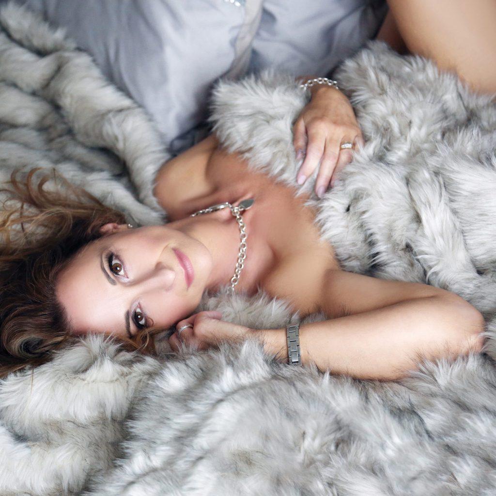 boudoir photography by Johanna Elizabth