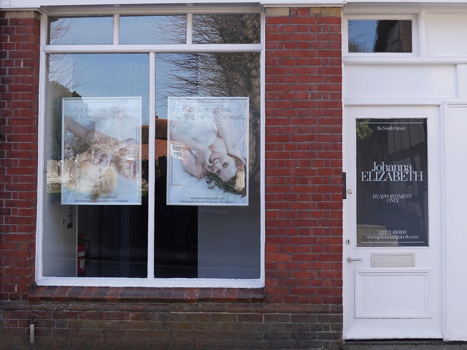 Johanna Elizabeth boudoir portrait session in Hampshire