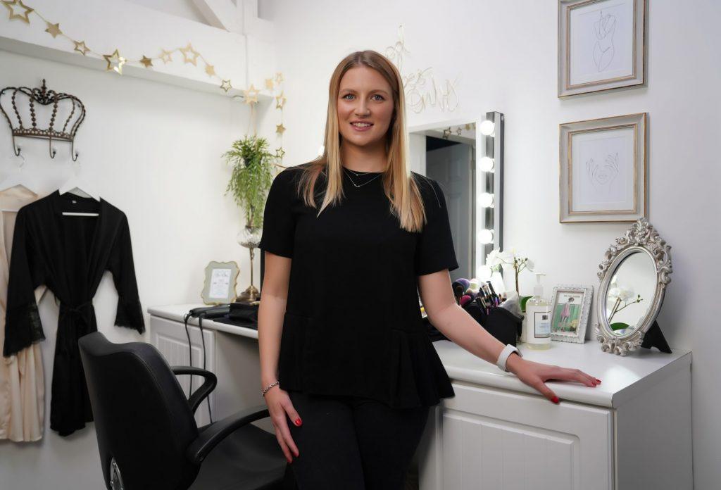 Meet Evie, our boudoir hair and makeup stylist
